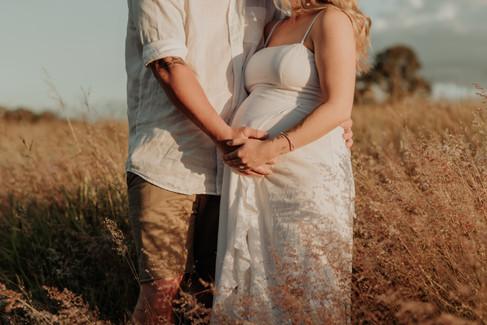 Kellie's Maternity-070.jpg