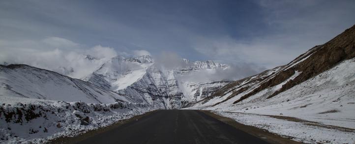 ladakh-winters-snowlion expeditions.jpg