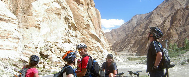 Ladakh biking snowlion expedition.jpg