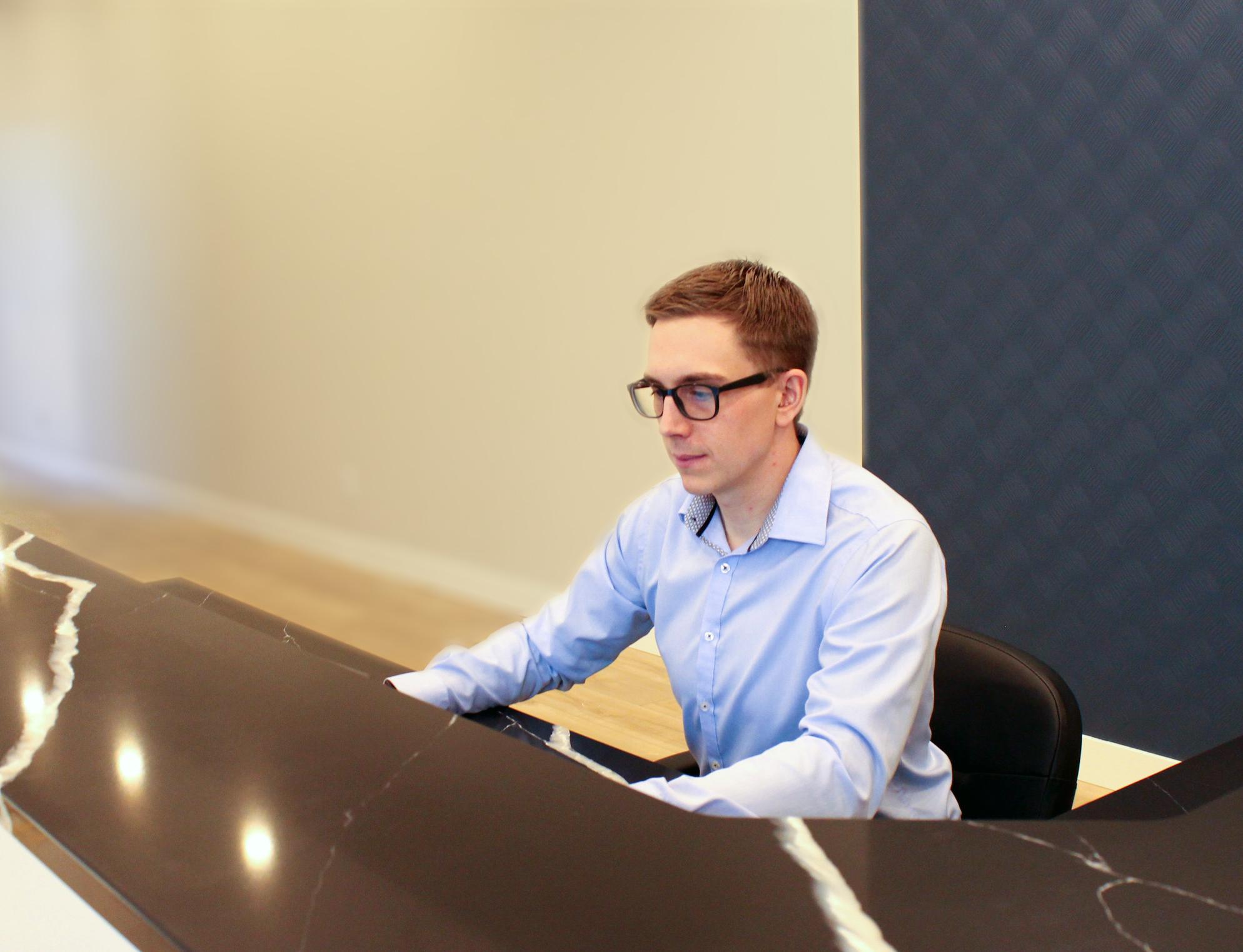 Beltone At Desk 1