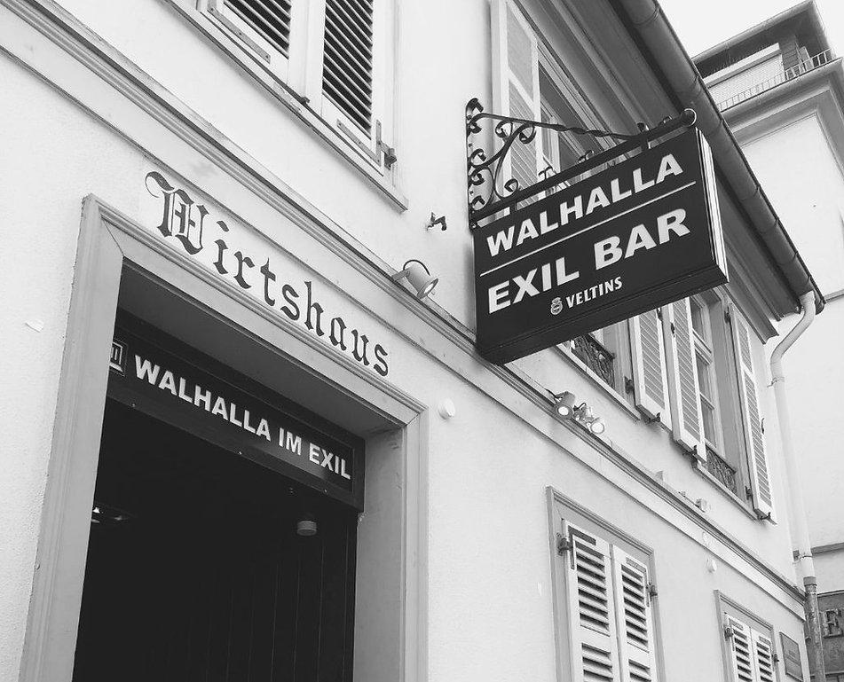Eingang Walhalla im Exil