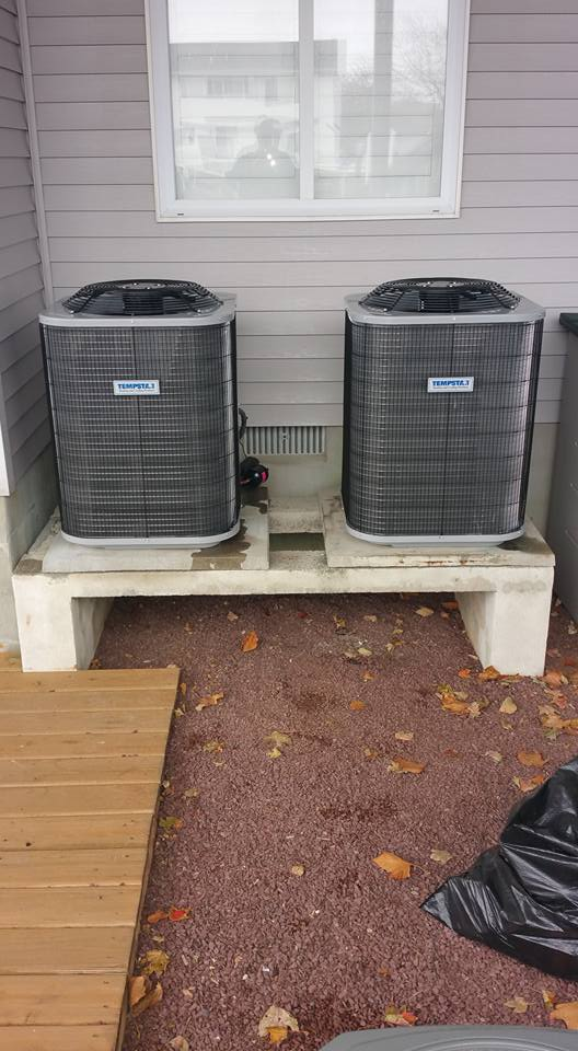 2-2ton Tempstar Heat Pumps 14.0 SEER