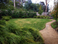 Perfectly curved lawn