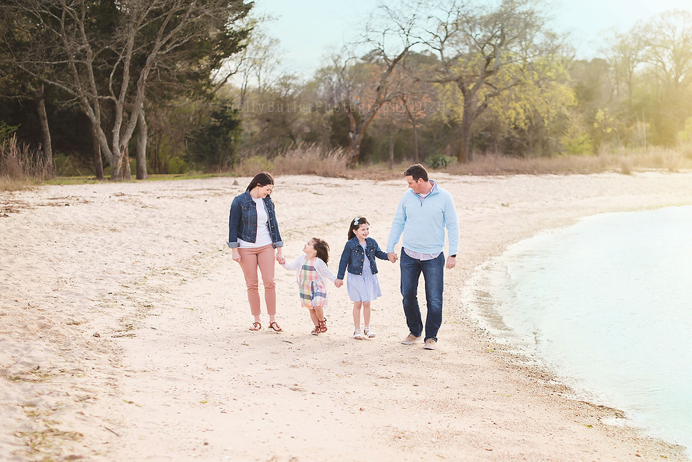 Spring Minis at the Beach | Holly Butler Photography