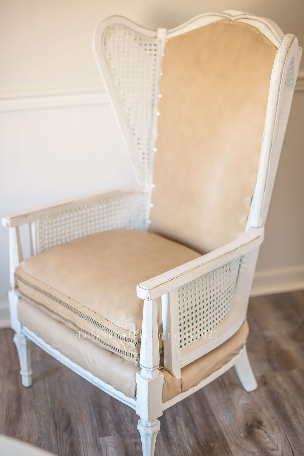 That Old Chair Refresh | Holly Butler Photography
