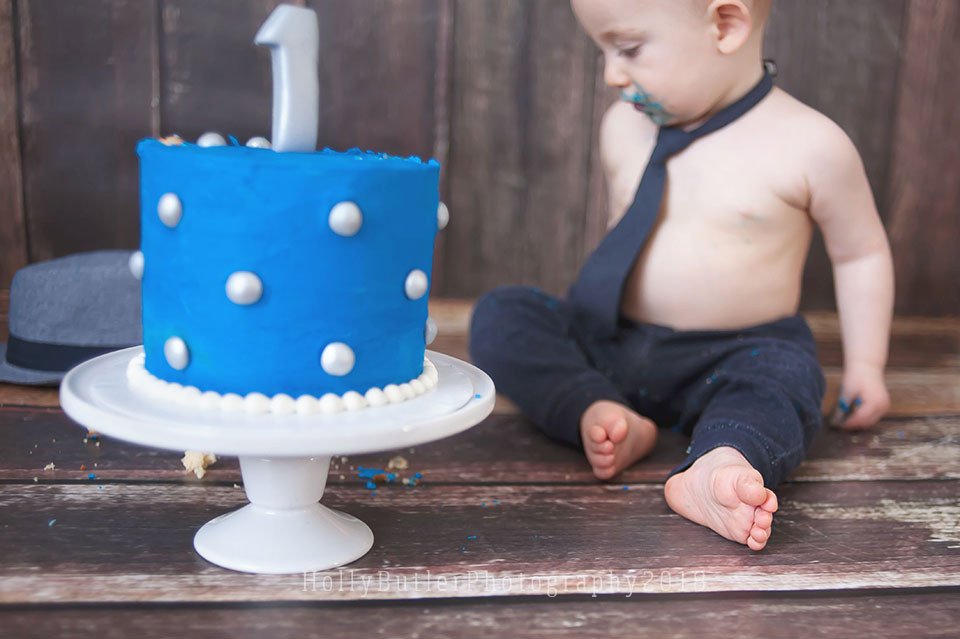 Cake Smash Session | Holly Butler Photography