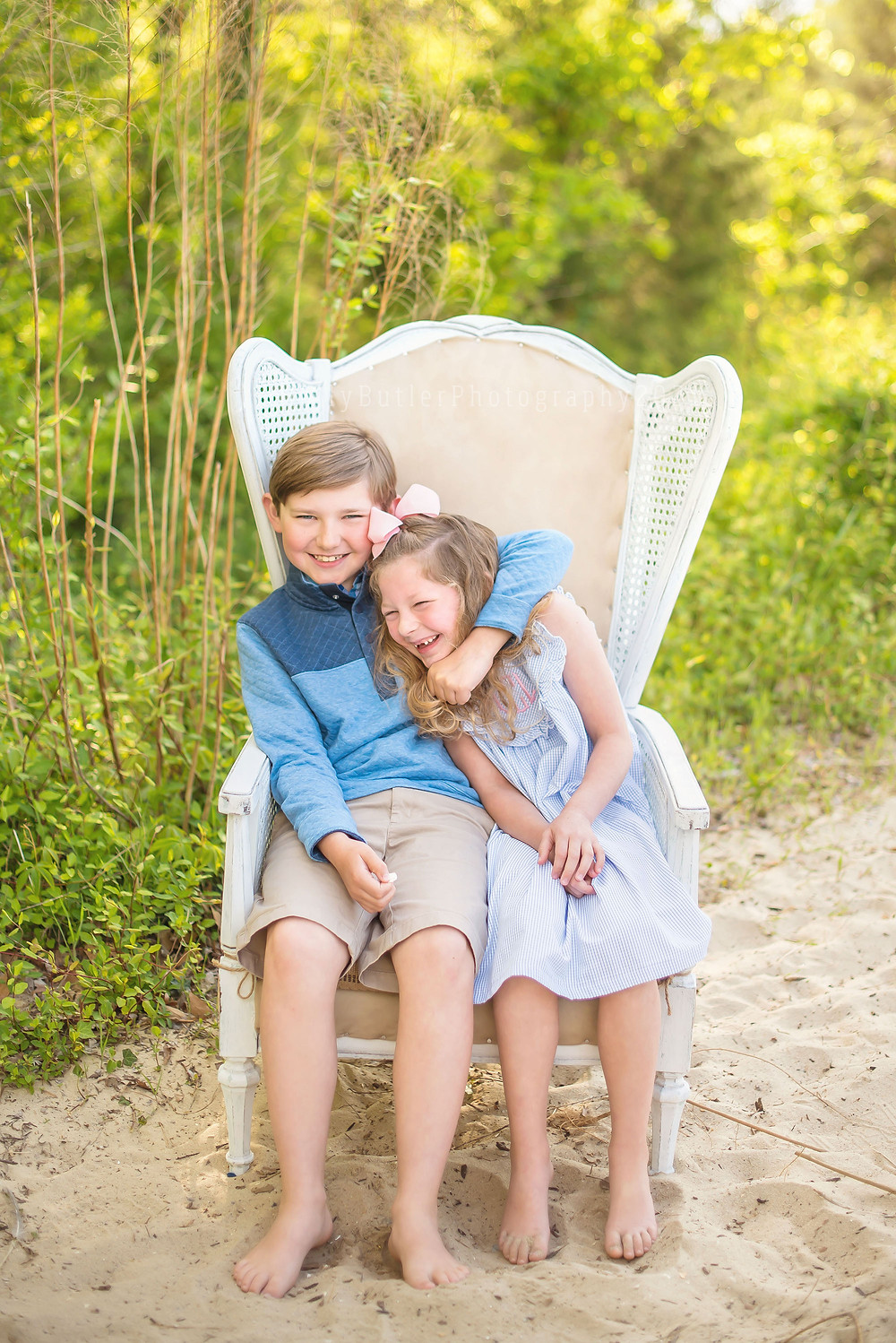 Spring Sessions on the Beach | Holly Butler Photography