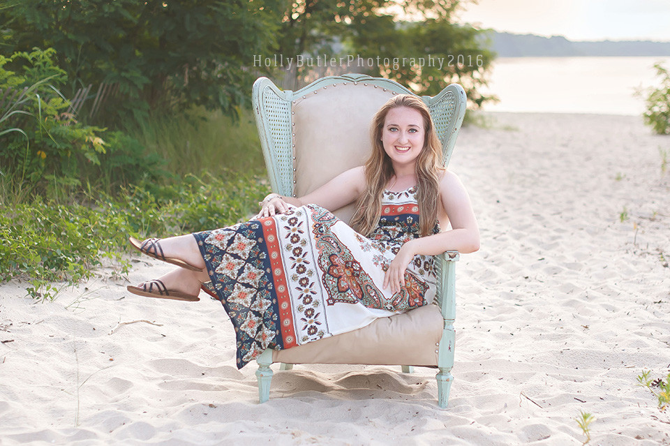 that old chair sessions | Holly Butler Photography