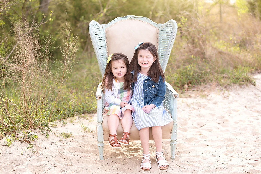 Spring Mini Sessions | Holly Butler Photography