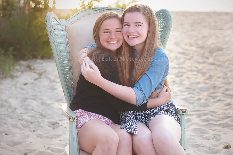 spring sessions | #thatoldchair | holly butler photography