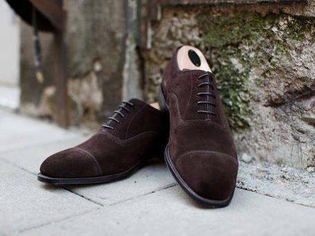 Jak dbać o zamszowe buty?