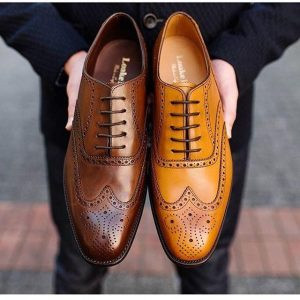 Filary męskiej garderoby, czyli od jakich klasycznych butów zacząć?