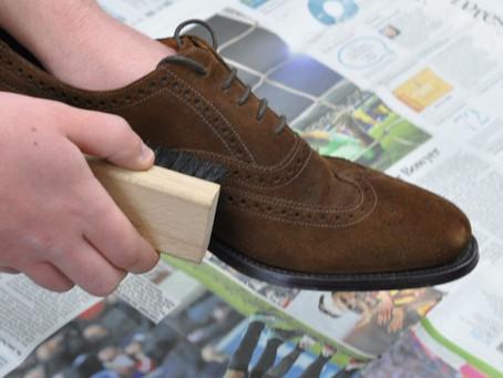 Proste sposoby jak dbać o zamszowe buty