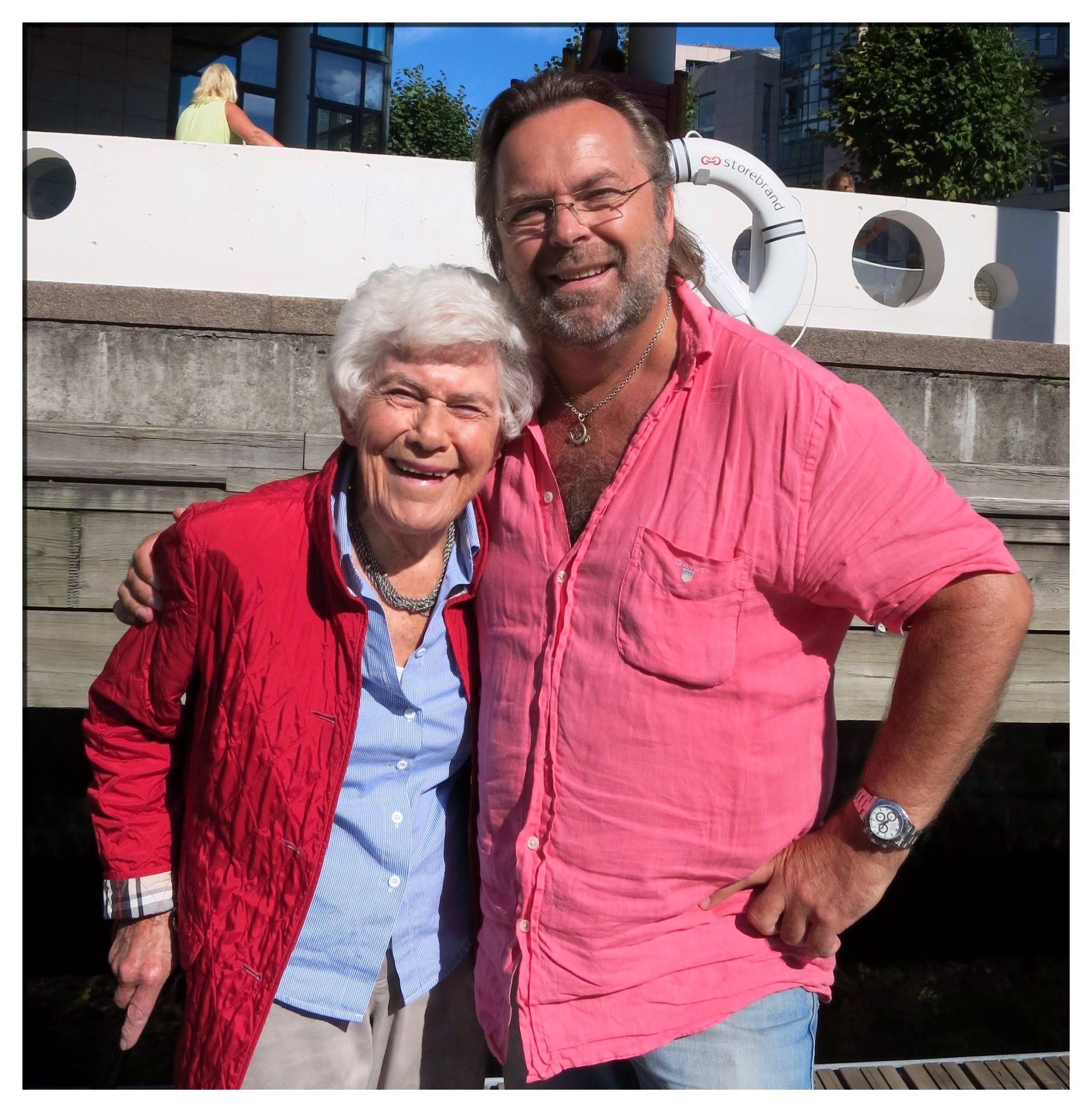 Hele norges Ingrid Espelid Hovig