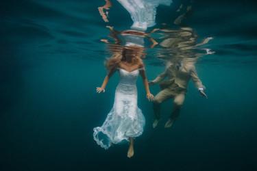 Costa Rica underwater wedding