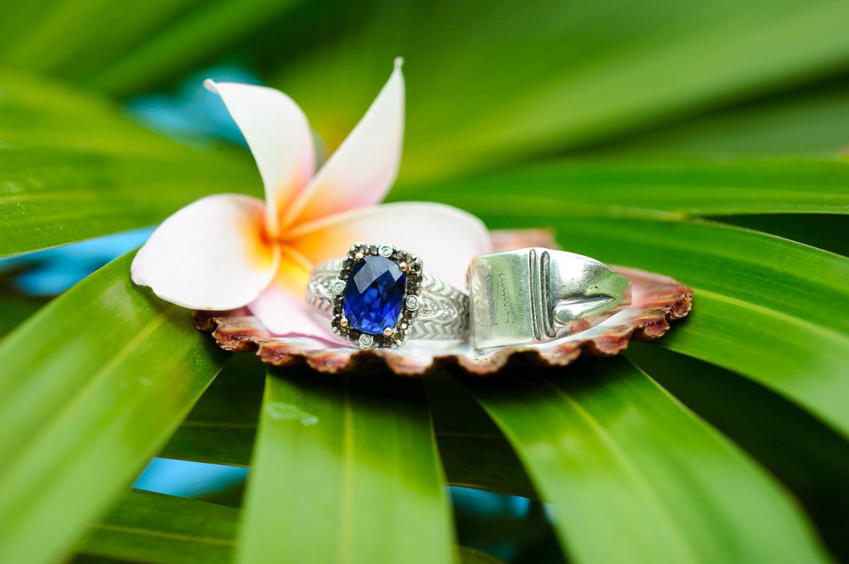 Costa Rica tropical elopement photos