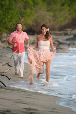 Costa Rica elopement photographer