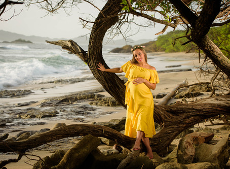 Costa Rica Maternity Photos in Playa Langosta