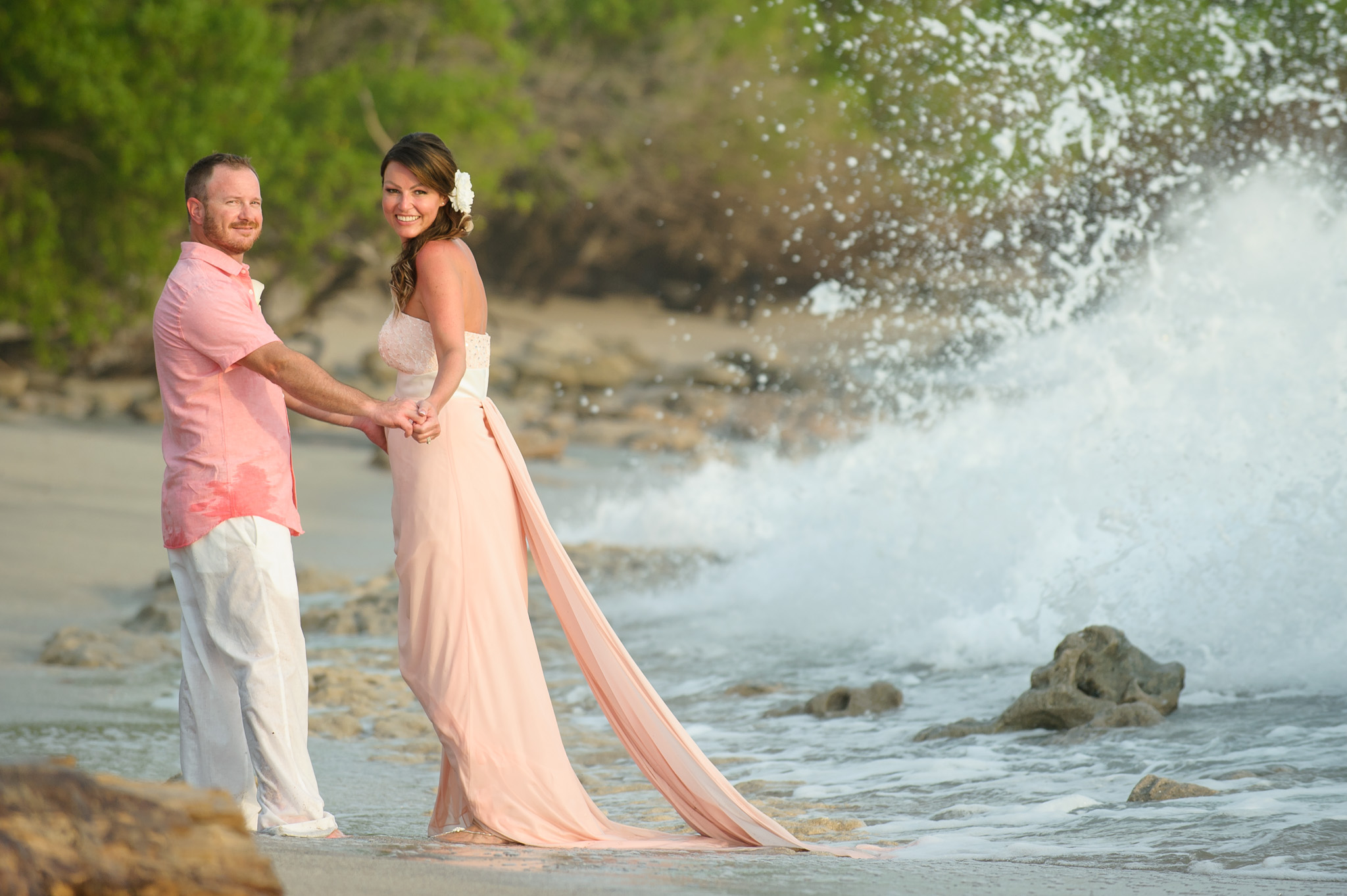 Elopements on the beach Costa Rica