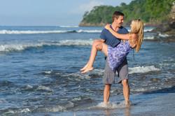 Surprise engagement Costa Rica
