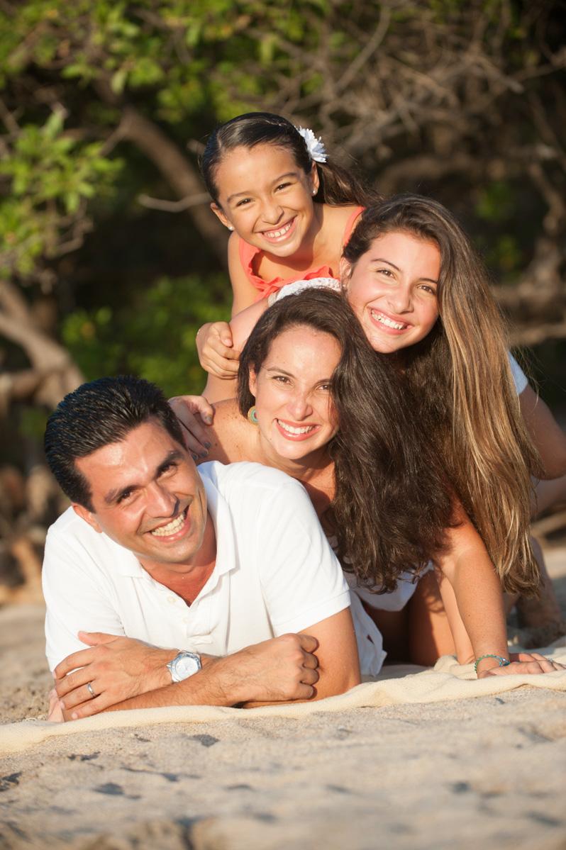 Tamarindo Family Photos-12.jpg