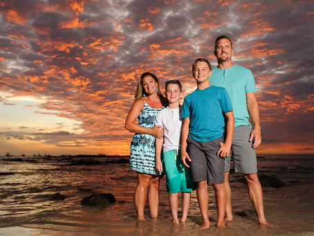 13 Tips on What to Wear for Family Photos in Costa Rica