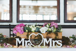 Mr & Mrs Sign for the main table