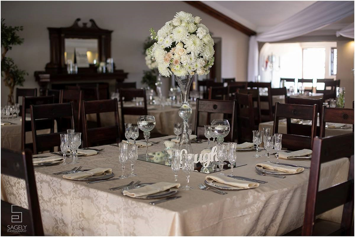 Tall cream & white centerpiece