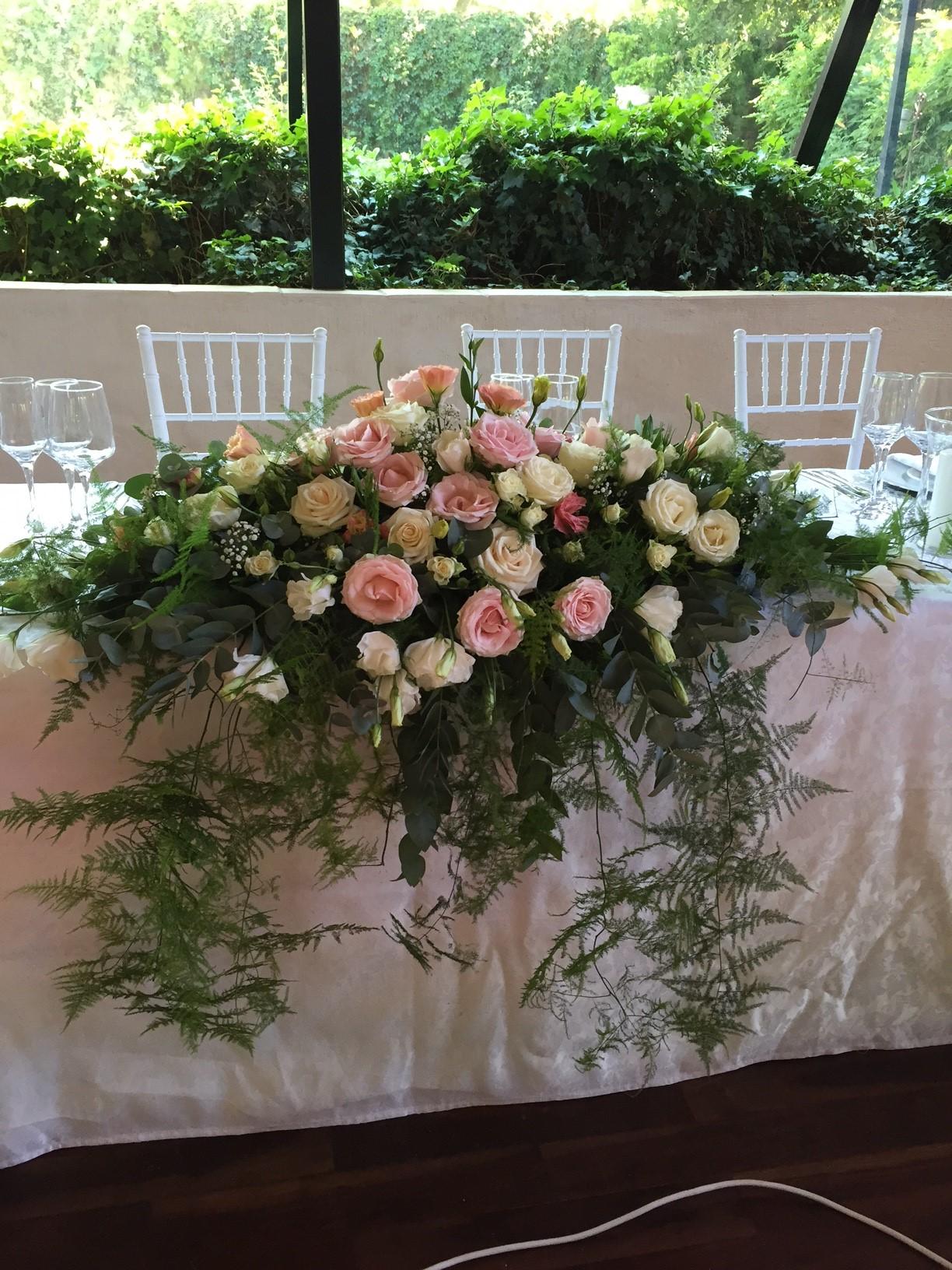 Lovely main table arrangement