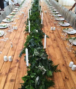 Thick table garland