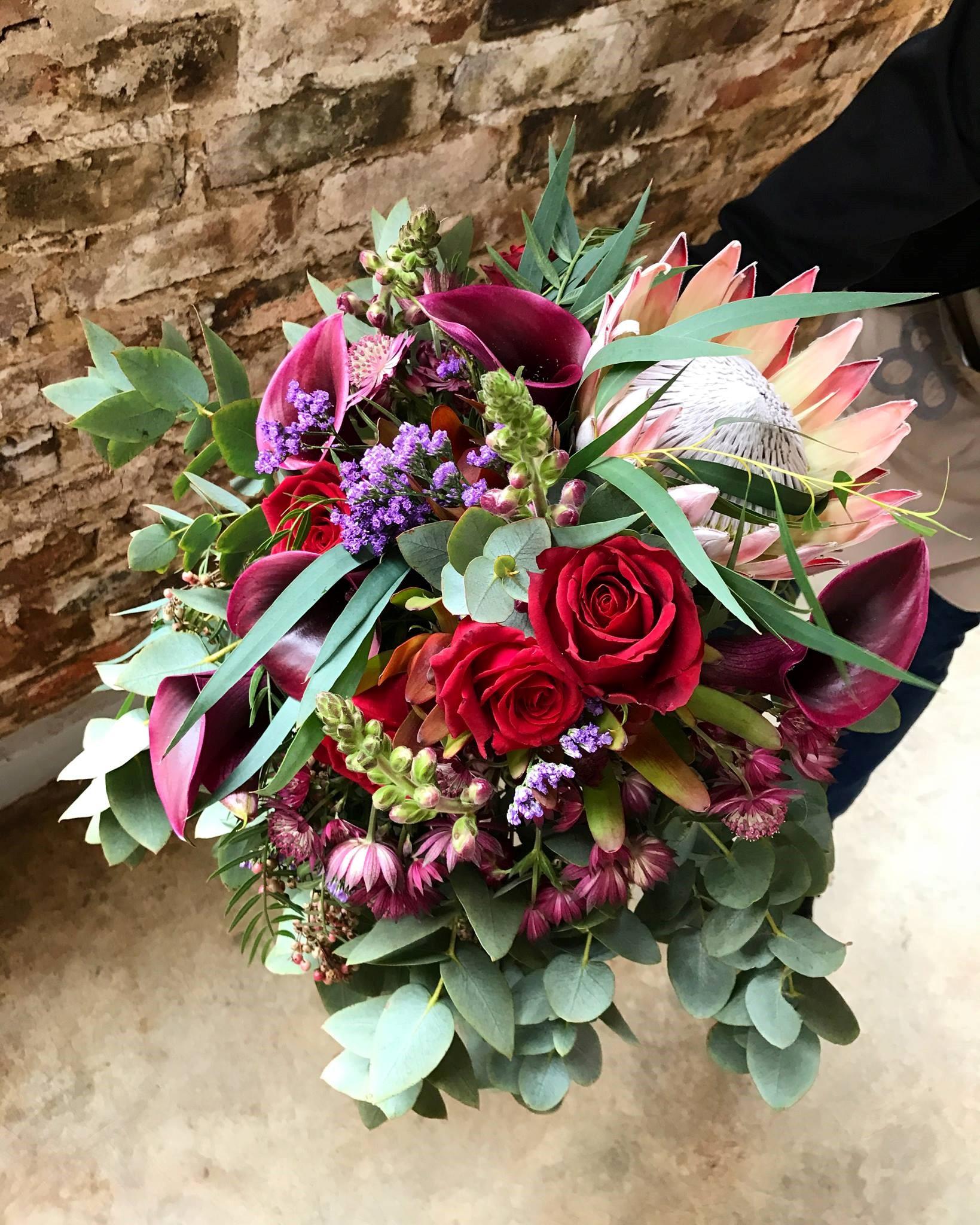 Beautiful king protea bouquet