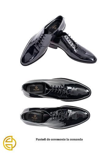 Pantofi la comandă