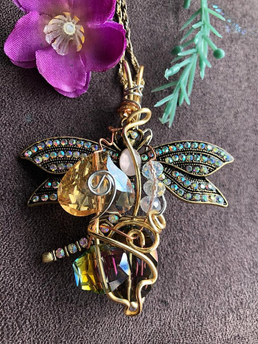 Dazzle Dragonfly