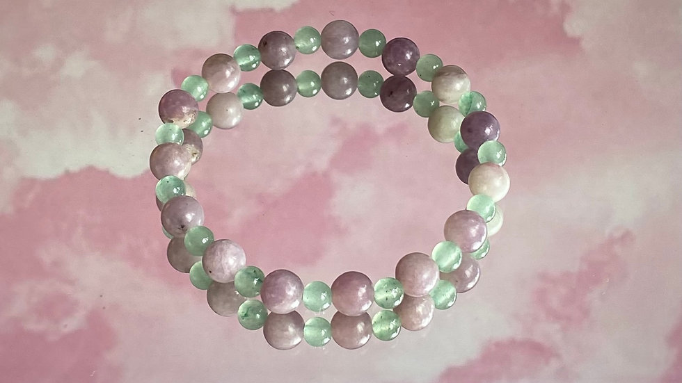 OUT OF STOCK//Mermaid Aventurine and Amethyst bracelet - size small