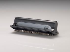 アナログ・ディスクの静電気除去と同時に高度なクリー ニング性能を発揮する除電クリーニング・ブラシ