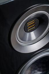 ELAC Concentro S Details  9-19 - 7.jpg