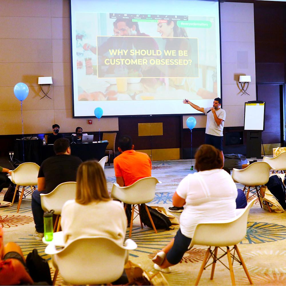 Mo Ballout discussing his vision for Kitopians at KITCON 2020