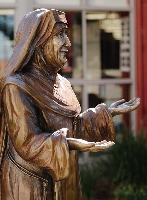 Helene de Chappotin, Ave Maria College