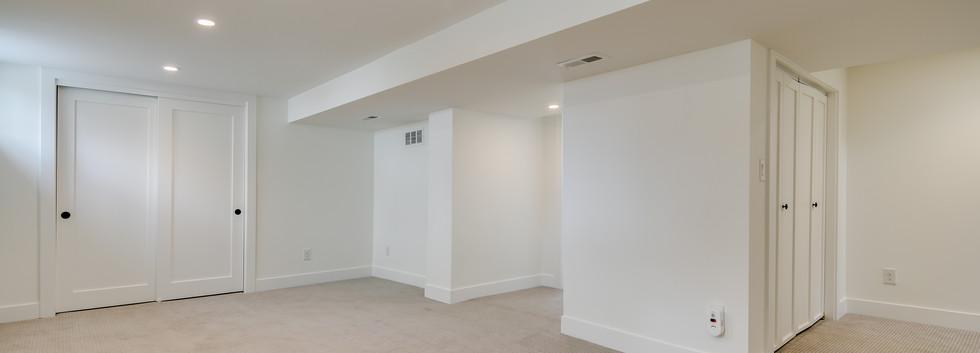 23_Lower Level-Rec Room-1.jpg