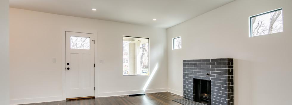 3_Living Room-2.jpg