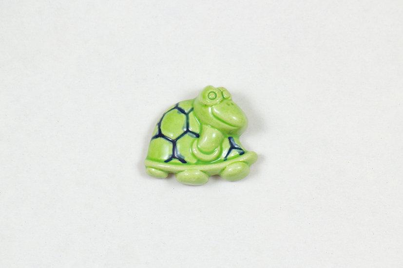 Tortoise Magnet by Kuprakabi