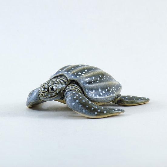 Leatherback Sea Turtle Ceramic Curio 3 quarter view