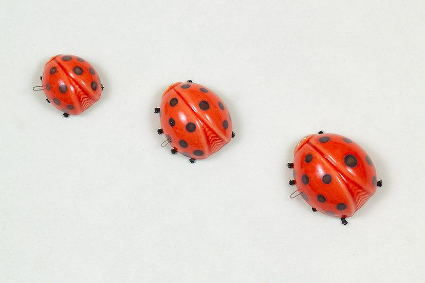 Ladybugs - Set of 3 Wall Pieces by Kuprakabi