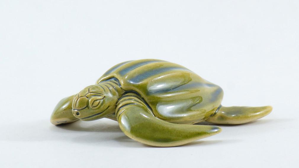 Leatherback Sea Turtle Ceramic Curio Green 3 Quarter View