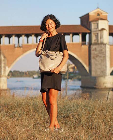 cross-body-bag-fashion-photography.jpg