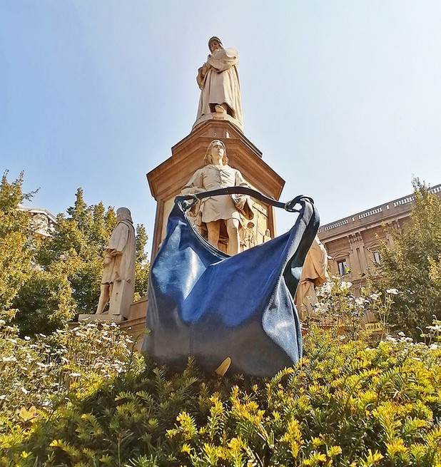 blue-bag-product-photography.jpg