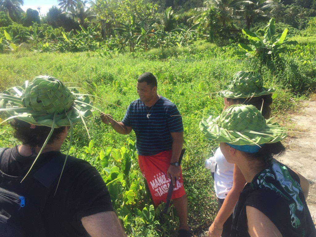 Guided tour with Chief Peter