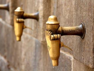 מה מושך תיירים מכל העולם לברצלונה