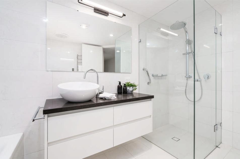 expressbathroom09.jpg
