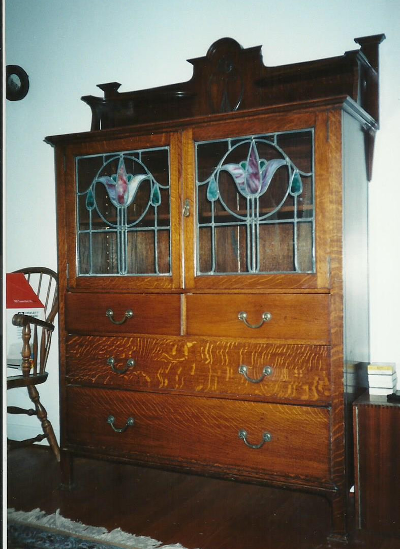dresser w inset stained glass.jpg
